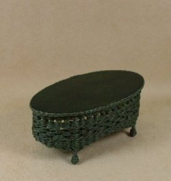 Molly's Oval Coffee Table in Emerald Green