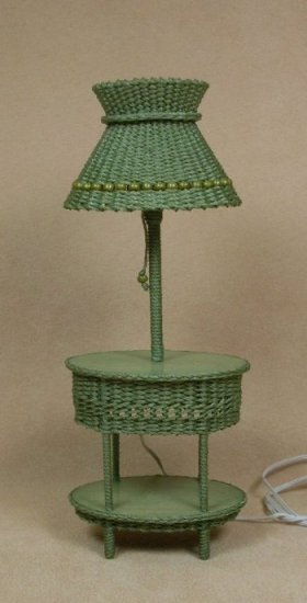 Classic Oval Table Lamp in Fern Green - Click Image to Close