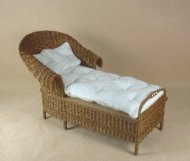 Classic Round Back Chaise