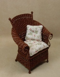 Molly's Porch Chair in Mahogany