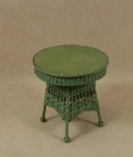 Round End Table in Fern Green