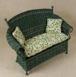 Molly's Settee in Emerald Green