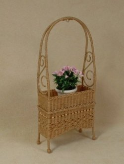 Molly's Arbor Plant Stand in Honey