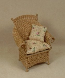Molly's Porch Chair in Honey
