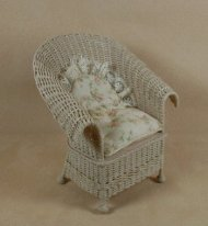 Classic Porch Chair in Whitewashed