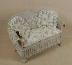 Classic Settee in Whitewashed