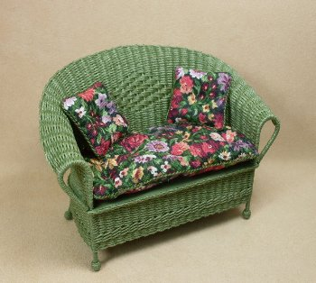 Classic Loveseat in Fern Green - Click Image to Close