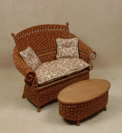 Molly's Loveseat in Cherry - Click Image to Close