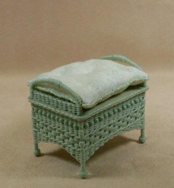 Molly's Ottoman in Mint Green - Click Image to Close