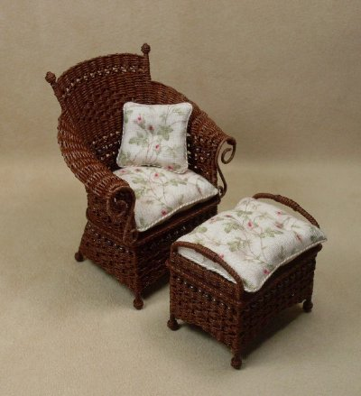 Molly's Porch Chair in Mahogany - Click Image to Close