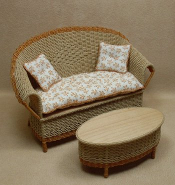 Carolina Settee - Click Image to Close