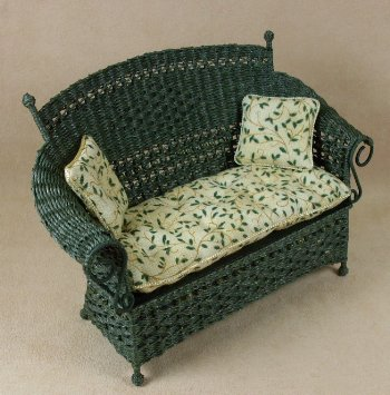 Molly's Settee in Emerald Green - Click Image to Close
