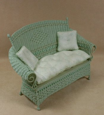 Molly's Settee in Mint Green - Click Image to Close